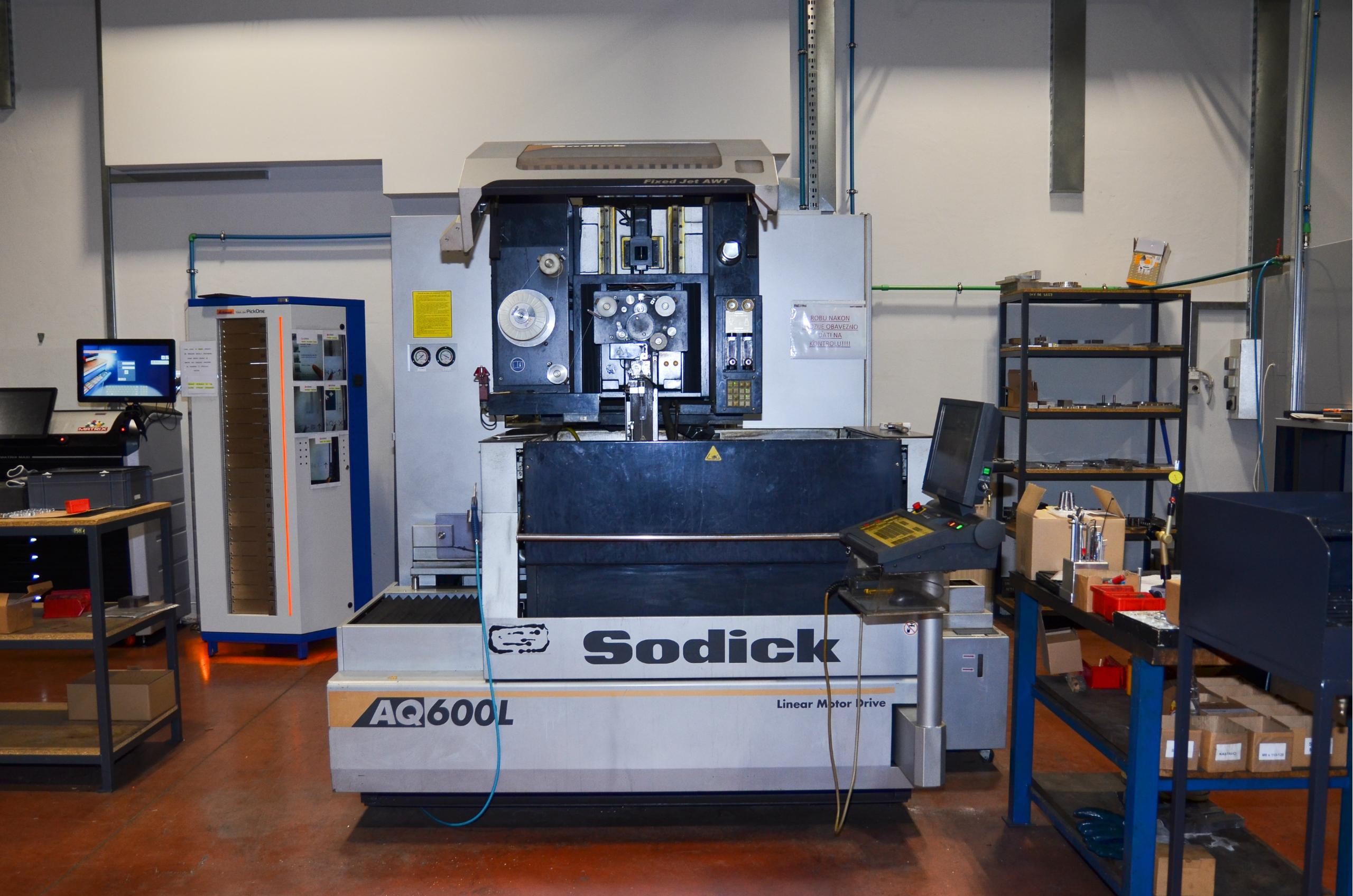 SODICK AQ 600L